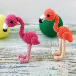 Easy Mini Crochet Flamingo. Two Flamingo's crafted in different colors    thecrochetspace.com