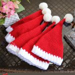 Easy Santa Crocheted Hat. Five different sized hats in red with white accents    thecrochetspace.com