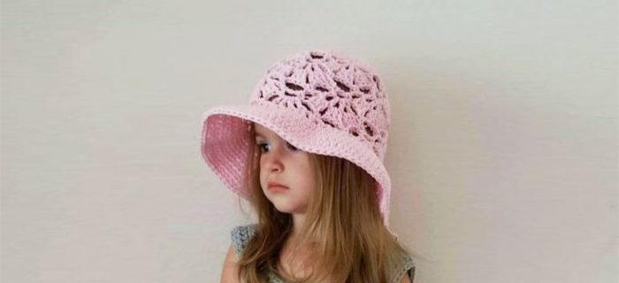 Falling Fans Crochet Sunhat || thecrochetspace.com