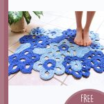 Free-form Crochet Flower Rug. Crafted in shades of blue || thecrochetspace.com