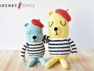 French Beret Crochet Bear || thecrochetspace.com
