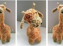Geoffrey crocheted giraffe | the crochet space