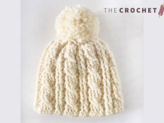 Heavy Crochet Cable Hat || thecrochetspace.com