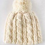 Heavy Crochet Cable Hat. Close up of hat with twisted cables || thecrochetspace.com