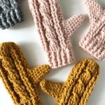 Heavy Crochet Cable Mittens. 5x mitts in various colors || thecrochetspace.com