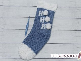 Holiday Ho Crochet Stocking || thecrochetspace.com