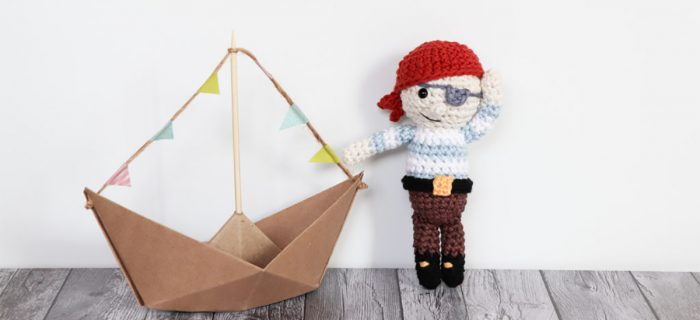 Jolly Roger Crochet Pirate ||thecrochetspace.com