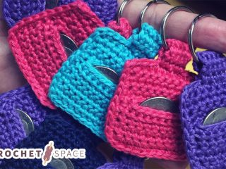 Key Chain Crochet Coin Holder || thecrochetspace.com