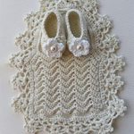 Lacy Crochet Baby Bib In Cream, With Gorgeous Wide Lace Border And Cream Slippers ||thecrochetspace.com