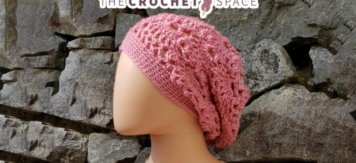 Lacy Slouchy Crochet Beanie || thecrochetspace.com