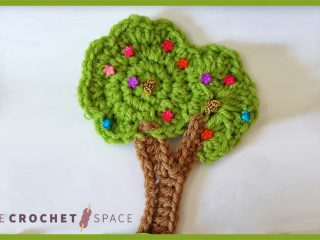 Magical Tree Crochet Accent || thecrochetspace.com