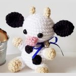 Mini Crochet Colby Cow. Mini cow with purple ribbon    thecrochetspace.com