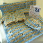 Minnie Layette Crochet Set. Complete set, Hat, cardigan and blanket || thecrochetspace.com
