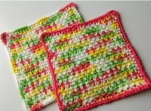 Crochet Misty Moss Stitch Dishcloths | thecrochetspace.com