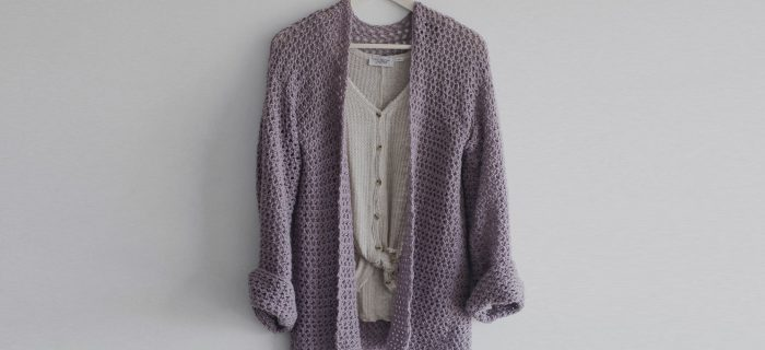 Perfect Crochet Spring Sweater || thecrochetspace.com