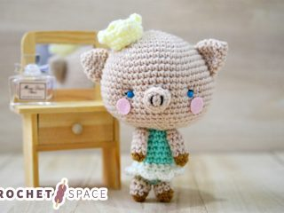 Perfect Princess Piggy Amigurumi || thecrochetspace.com