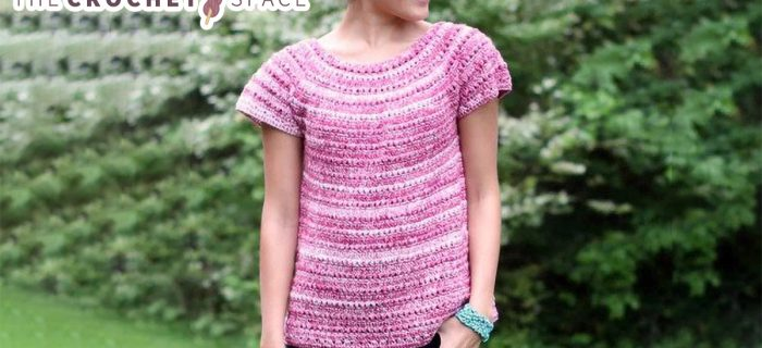 Perfectly Pink Crochet Tee || thecrochetspace.com