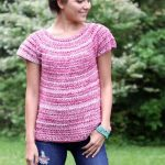 Perfectly Pink Crochet Tee. Round Neck, short sleeve, textured, pink tee || thecrochetspace.com