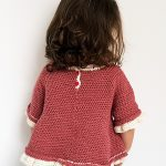 Pretty Minnie Crochet Top. Image of the reverse side of the blouse || thecrochetspace.com