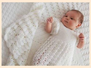 Princess Charlotte's Christening Blanket || thecrochetspace.com
