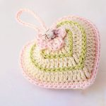 Quick Valentine Crocheted Heart. Green And Pink Single Filled Heart|| thecrochetspace.com