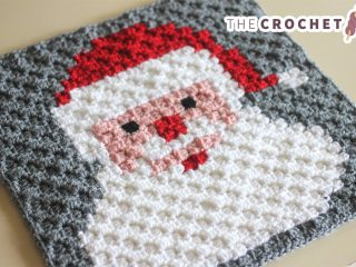 Santa Crocheted Pixel Square || thecrochetspace.com