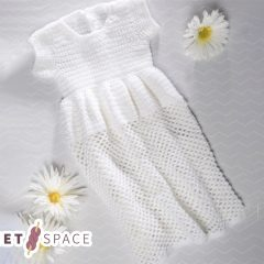 Simple Crochet Christening Gown || thecrochetspace.com