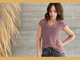 Simple Sweetpea Crochet Tee || thecrochetspace.com