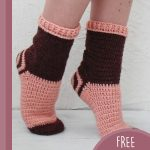 Simply Spiral Crochet Socks. Up on tip toes wearing spiral socks    thecrochetspace.com