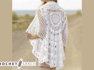 Spring Flair Crocheted Jacket || thecrochetspace.com