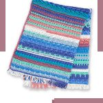 Summer Blues Crochet Afghan. Folded Afghan crafted in blues and pink || thecrochetspace.com