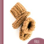 Textured Baby Crochet Booties. Side and overhead view || thecrochetspace.com