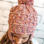Textured Crochet Andean Chullo. Girl wearing hat, front and view from above || thecrochetspace.com