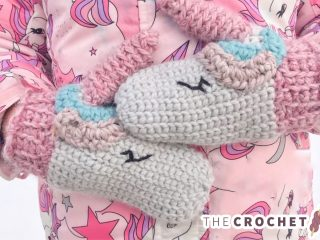 Unique Unicorn Crochet Mittens || thecrochetspace.com