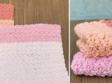 Wonderful Wattle Stitch Crochet Washcloth | thecrochetspace.com