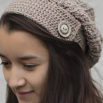 Yarni Crochet Slouch Hat. Matches Boot Cuffs. One button on Border || thecrochetspace.com