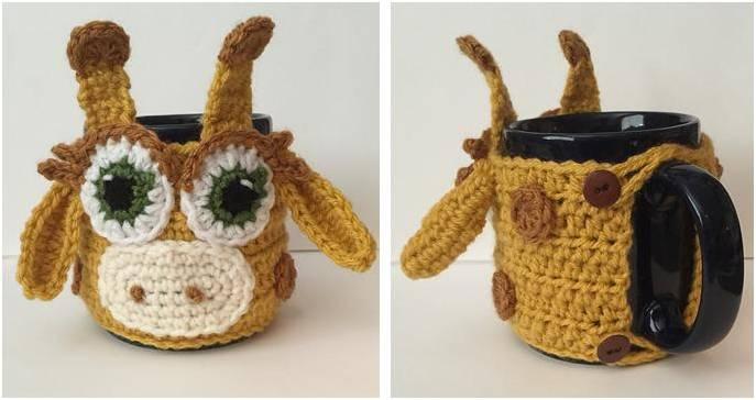 giraffe crocheted mug cozy | the crochet space